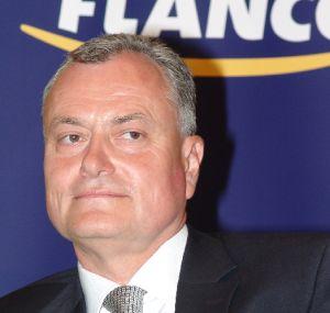 Flamingo, lider pe piata calculatoarelor din România, în 2006