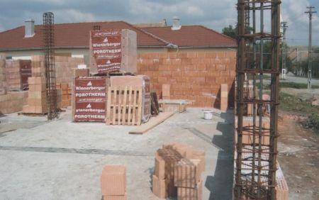 IAA a pus sufletul si 26.000 EUR pentru o scoala distrusa de inundatii