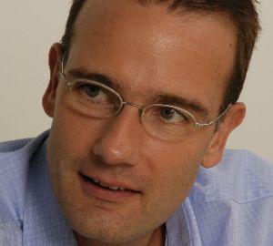 Ringier sponsorizeaza cu 50.000 EUR Jurnalismul si Comunicarea