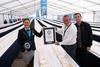 Carrefour Romania doboara GUINNESS WORLD RECORDS la cea mai lunga prajitura. Peste 2 kilometri, comparativ cu 421 metri, vechiul record.