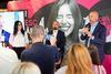 Telekom Romania lanseaza Mobil Nelimitat, disponibil si in reteaua de magazine Mega Image si Shop&Go. Deschidere pentru alte parteneriate.