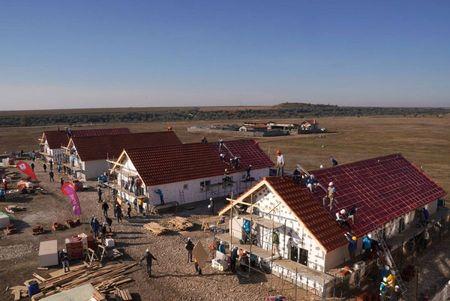 8 case in 5 zile in BIG BUILD 2018, la Cumpana, cu Habitat for Humanity Romania