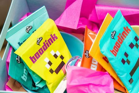 Emoji inspira DDB Romania. Noua identitate vizuala si packaging Boodink pentru Coseli.