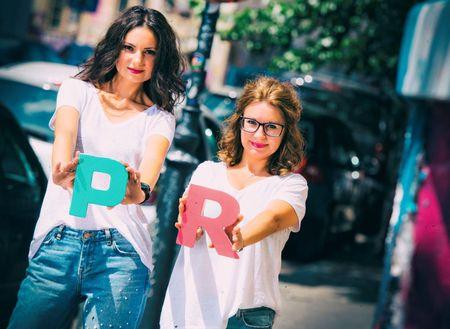 Doua specialiste cu expertiza de 23 ani, respectiv 13 ani, in comunicare TV, lanseaza agentie de PR