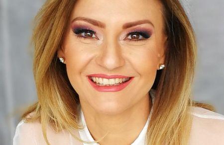 """1 Milion de euro pentru """"Natie prin Educatie"""". Dana Razboiu spune de unde vine si unde merge proiectul."""