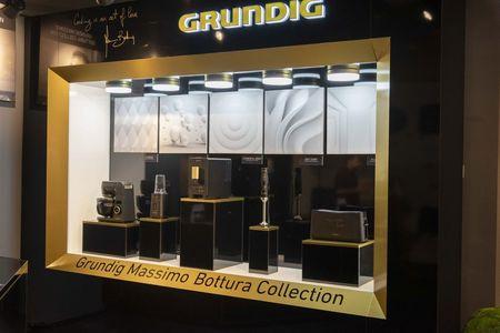 Premiera la ELLE DECORATION Romanian Design Awards: Noua colectie exclusiva Grundig Massimo Bottura