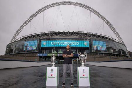 HEINEKEN devine partener al UEFA EURO 2020 si reinnoieste sponsorizarea UEFA Champions League, pentru 2021-2024