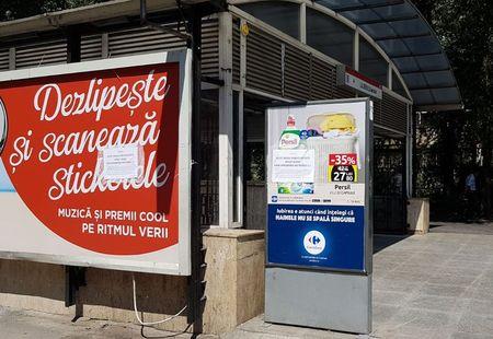 Vandalizare in publicitatea la Metrou. Publicitatea amenintata de cine-si doreste banii publici din reclama stradala in transporturi